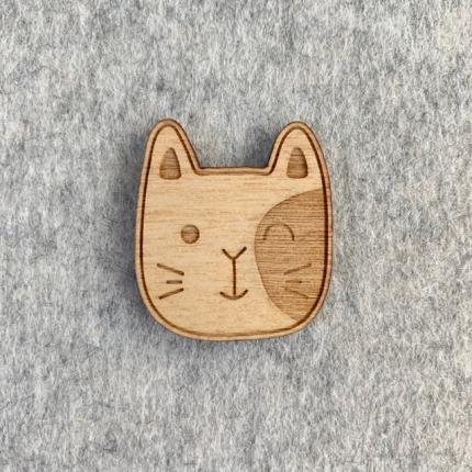 Broche en bois CHAT MOUSTACHES